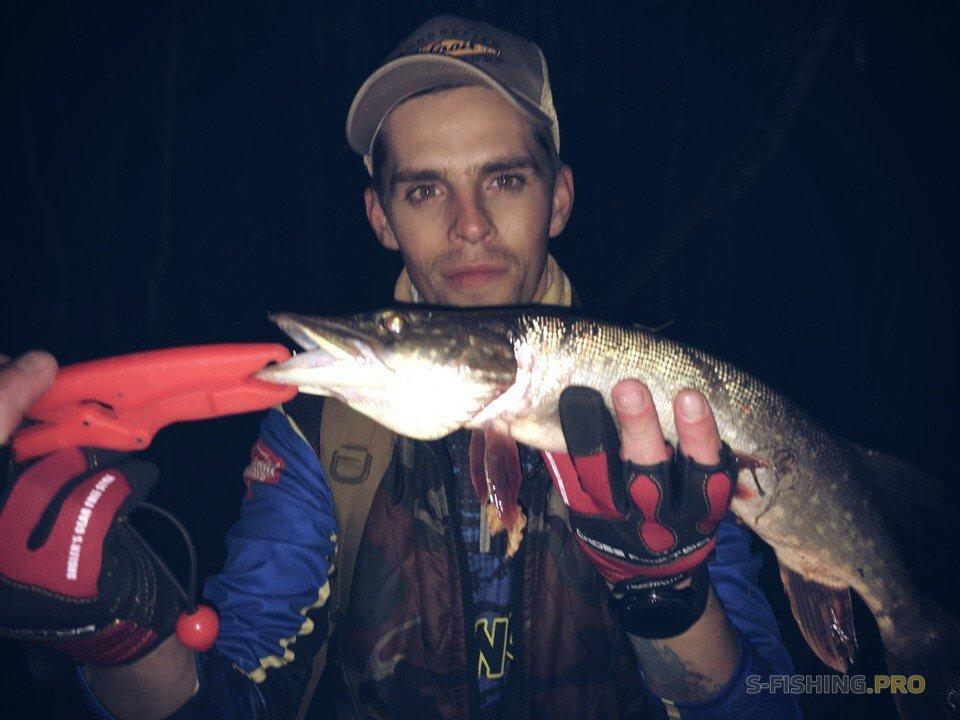 Отчеты с водоемов: Поиск рыбных мест