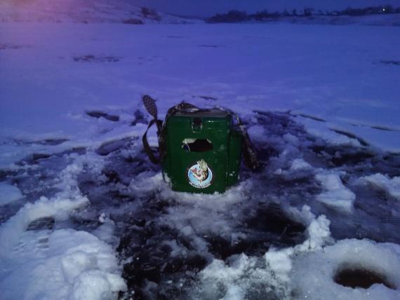 Отчеты с водоемов: Ловля окуня и плотвы со льда)