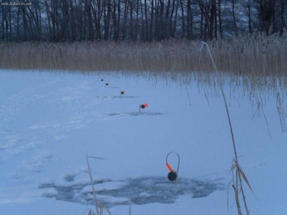 Советы начинающим: Немного о зимней рыбалке)))