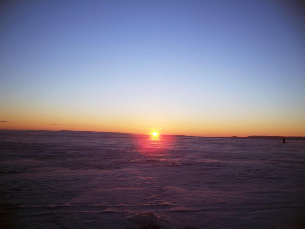 рассвет на льду