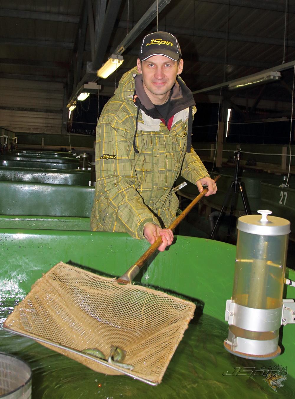 при вопросе- что сегодня поймал, я отвечу- около сотни лососей