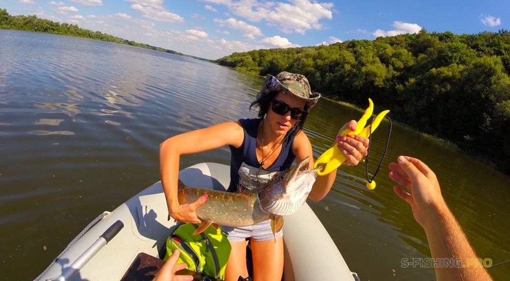 рыбалка на воблеры видео 2016 на оби