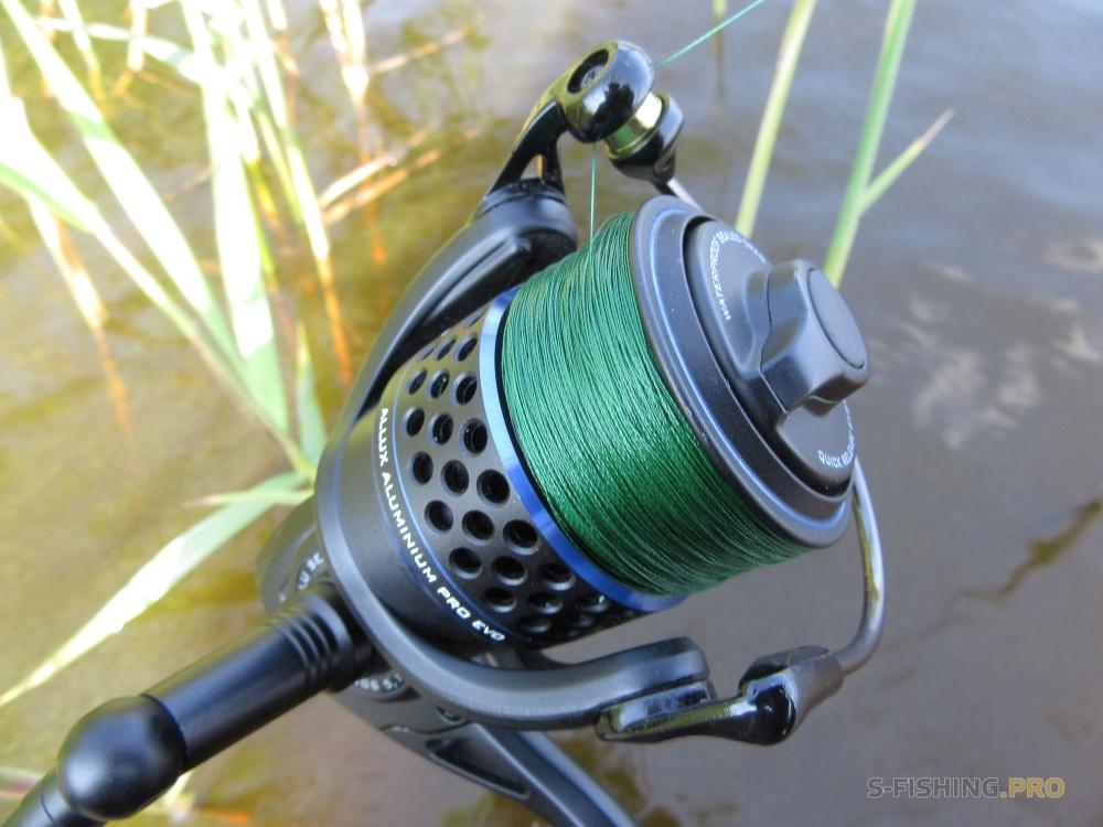 Плетенка Sprut в цвете Dark Green  Источник: http://s-fishing.pro/