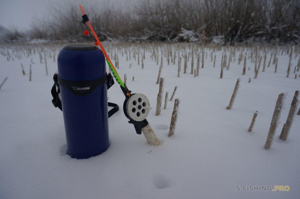 Отчеты с водоемов: Трудовые ледовые будни.