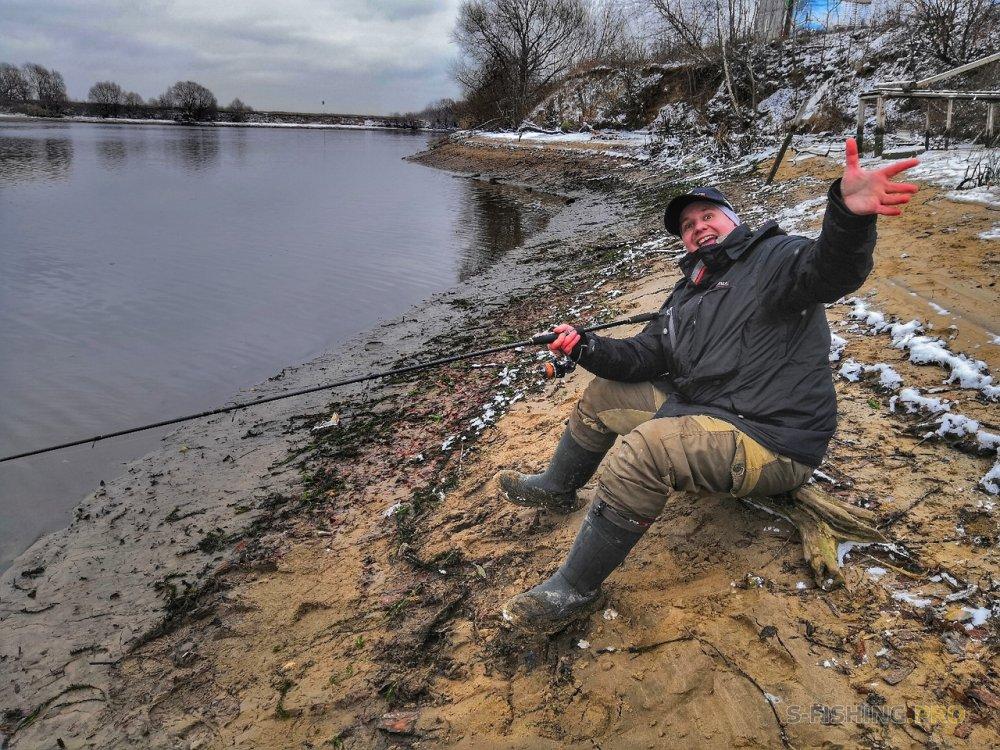 EcoGroup - эксклюзивный представитель брендов Maximus, Alaskan, LureMax, PowerPhantom, BlackSide, EcoPro, Saykio: Сброс воды на нижней Москва-реке.