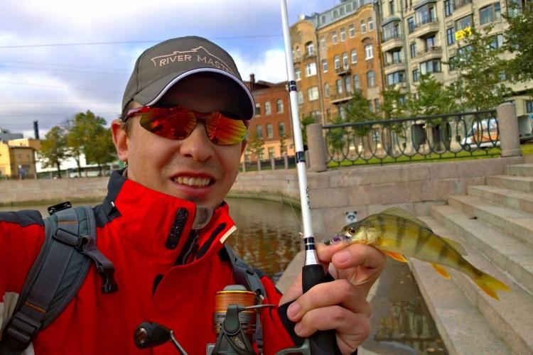 Street fishing в Санкт-Петербурге.