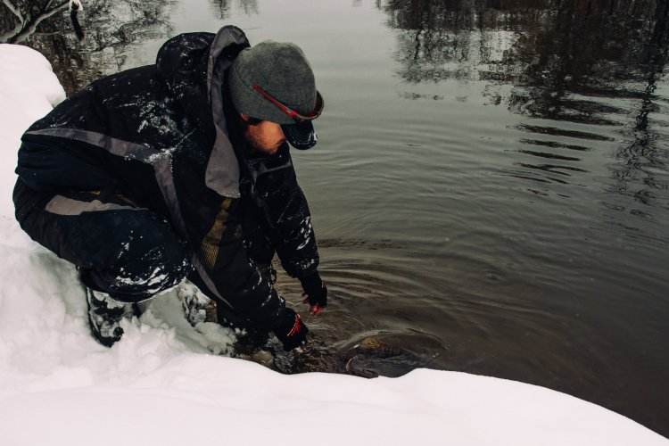 Ловля в снегопад.