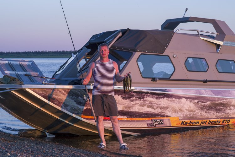 Особенности Енисейской рыбалки- 500км до озера в джунглях.